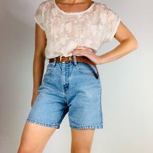 """Vintage High Waisted mom Jean denim 6.5"""" shorts"""